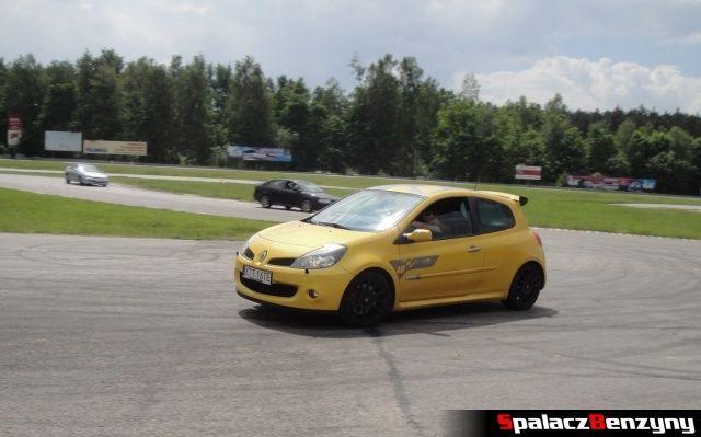 Renault Clio Sport podczas treningu na Torze Kielce 7 czerwiec