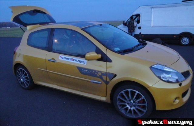 Renault Clio Sport SBR żółte