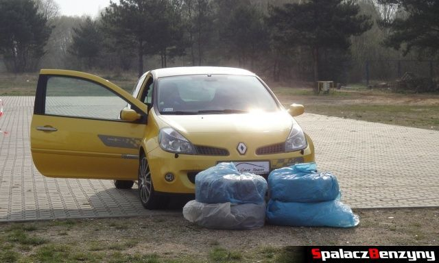 Renault Clio z oponami na 2 edycji Tor Poznań Track Day
