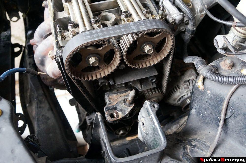 Rozrząd bez osłony w Honda Civic