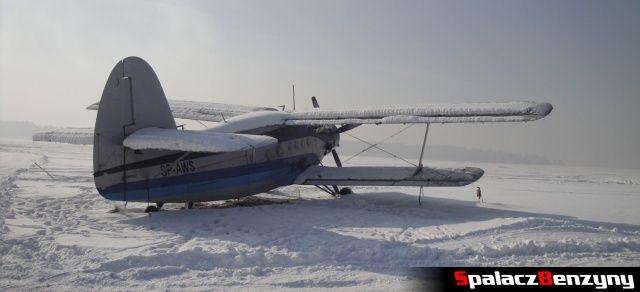 Samolot na lotnisku w Nowym Targu