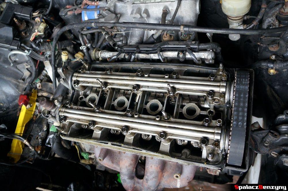 Silnik bez pokrywy w Honda Civic