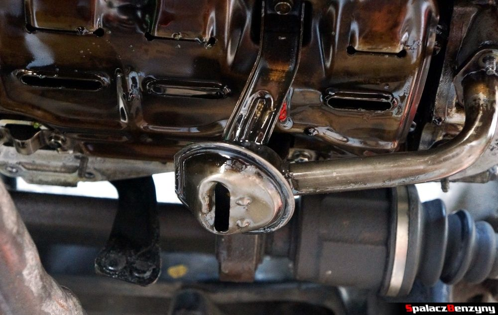 Smok olejowy w Honda Civic