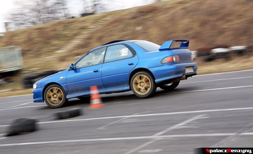 Subaru Impreza GT niebieska szykana na RS Kulig 2014 Tor Lublin