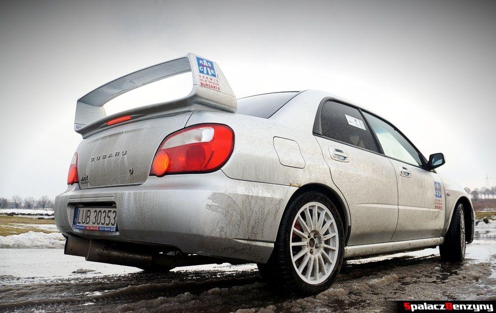 Subaru Impreza WRX na starcie na Rally Sprint 9 luty 2014
