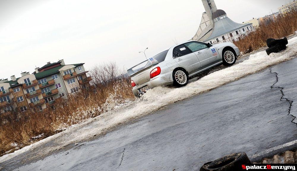 Subaru WRX wjazd na śnieg na Rally Sprint 9 luty 2014