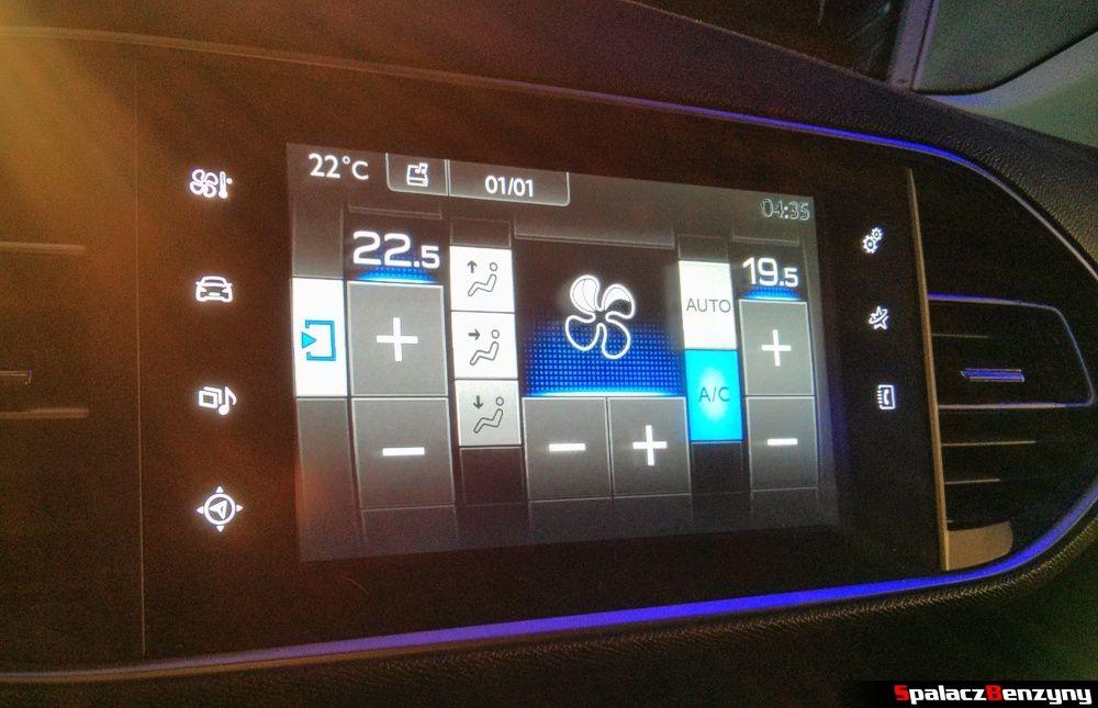 Tablet klimatyzacji w Peugeot 308