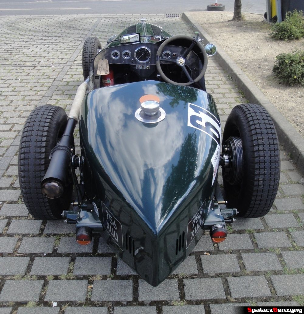 Tył Wolseley Hornet Special na Nurburgring Nordschleife