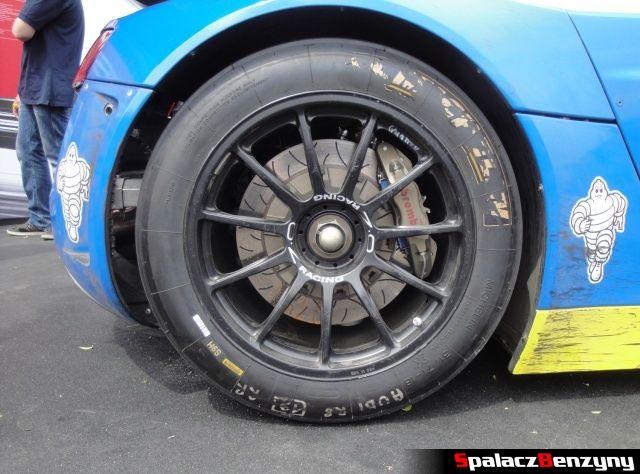 Tylne koło Audi R8 LMS na Worthersee 2013