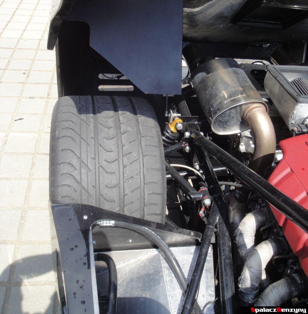 Tylne koło Ultima GTR na Gran Turismo Polonia 2013