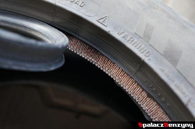 Uszkodzona opona Michelin Pilot Super Sport odklejony rant