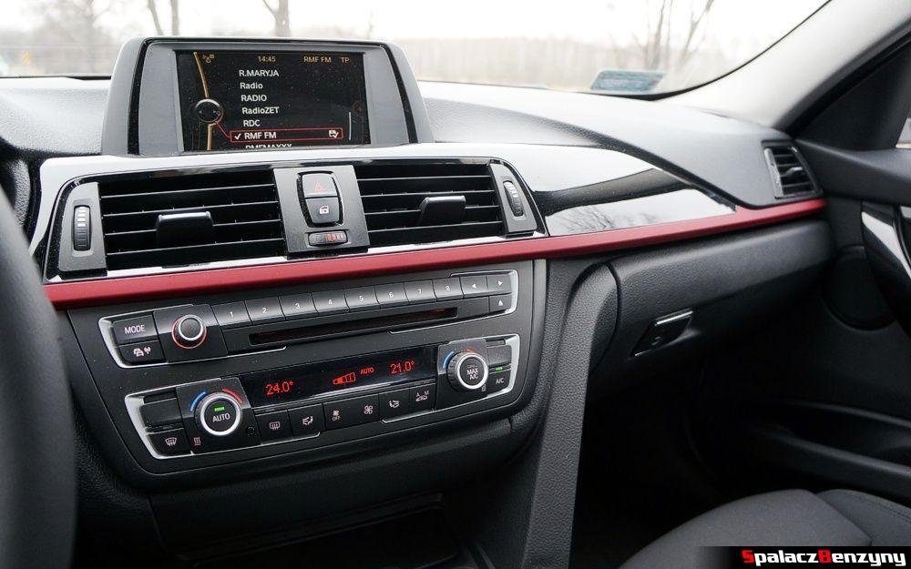 Wnętrze BMW 316i 2013