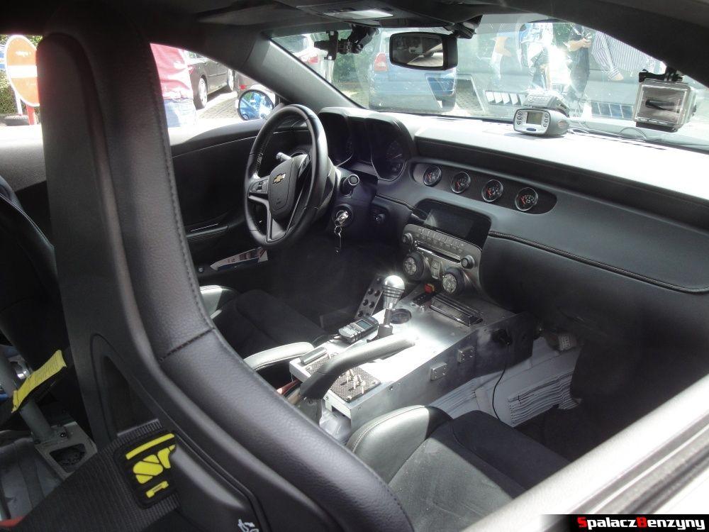 Wnętrze Chevrolet Camaro na Nurburgring Nordschleife