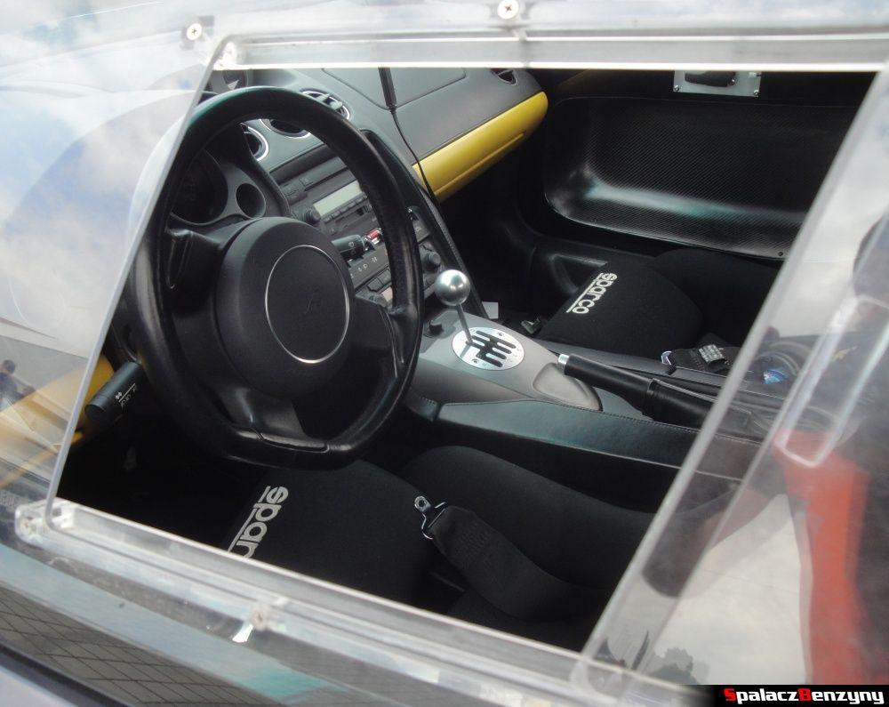Wnętrze czarne Lamborghini Gallardo na Gran Turismo Polonia 2013