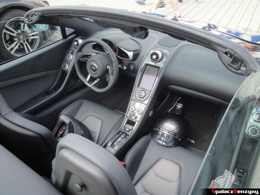 Wnętrze McLaren MP4-12C na Gran Turismo Polonia 2013