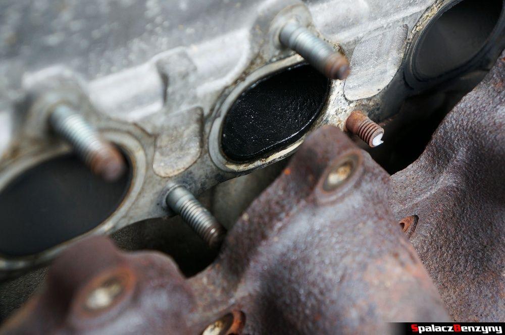Zaolejony wylot z głowicy w Honda Civic