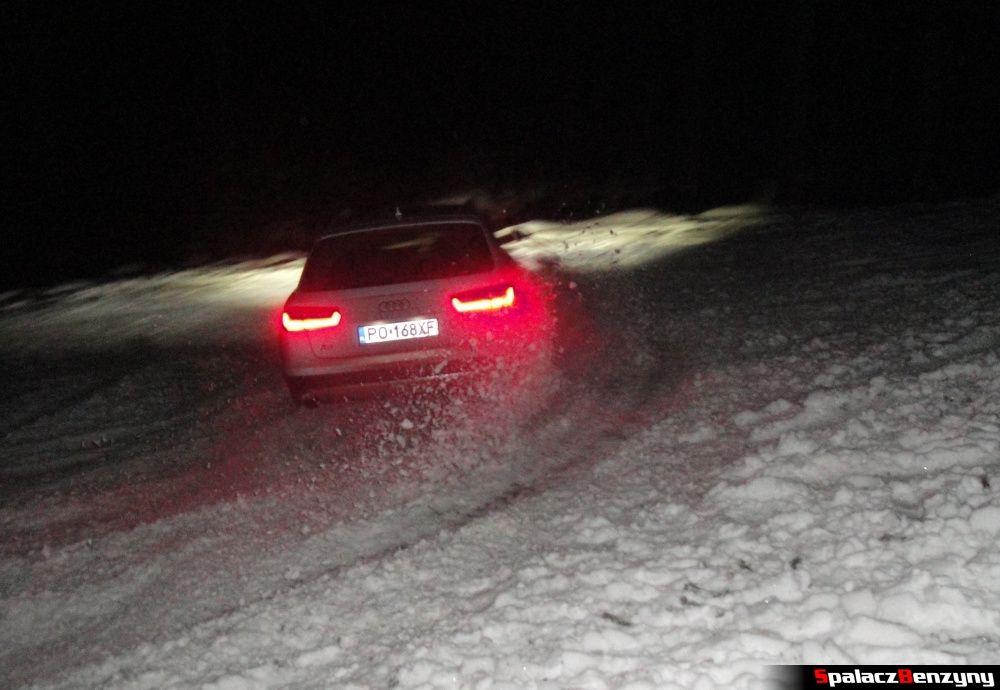 Zawracanie Audi A6 przed stokiem Stożek w Wiśle