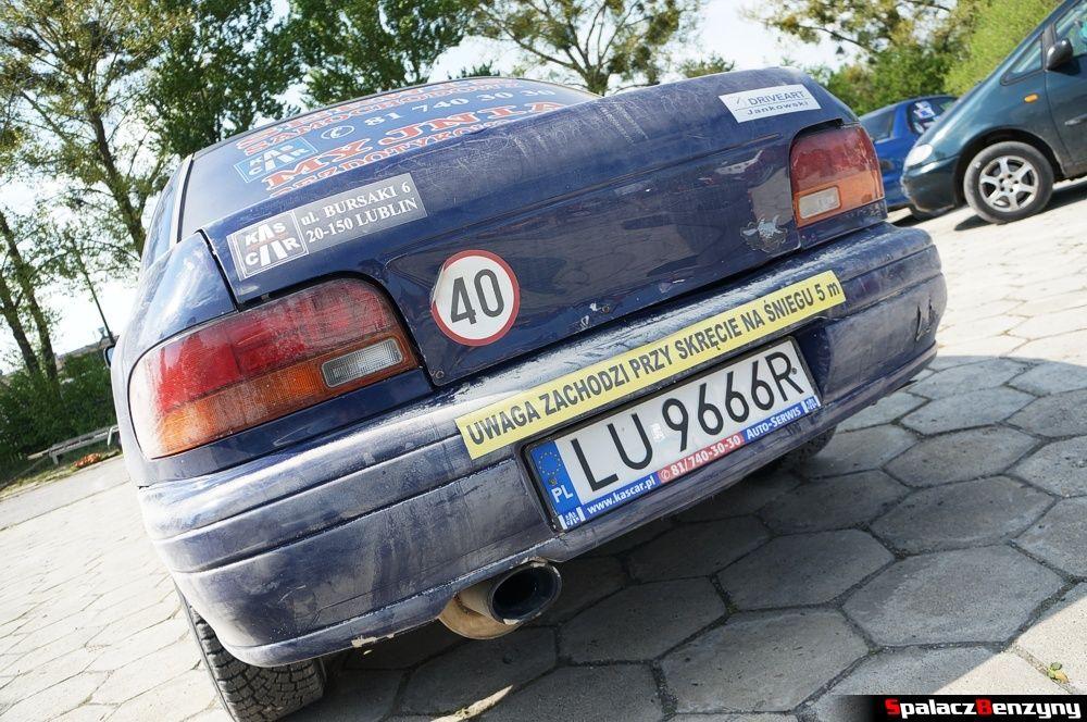 Zderzak Subaru Impreza GT na parkingu na RS Chełm 1 maja 2014