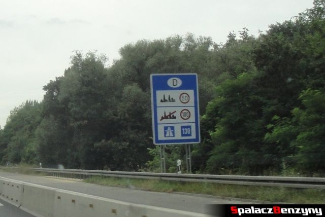 Znak informacyjny o ograniczeniach prędkości w Niemczech