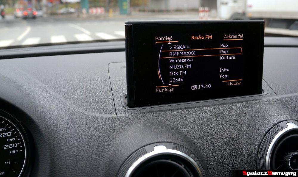 Wysuwany ekran w Audi A3 1.4 TFSI