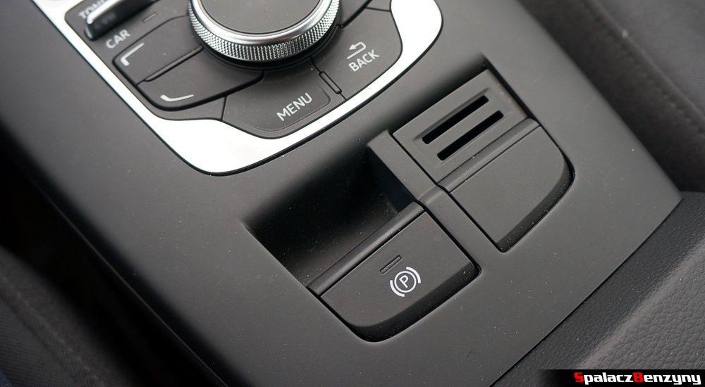 Hamulce postojowy na przycisk w Audi A3 1.4 TFSI