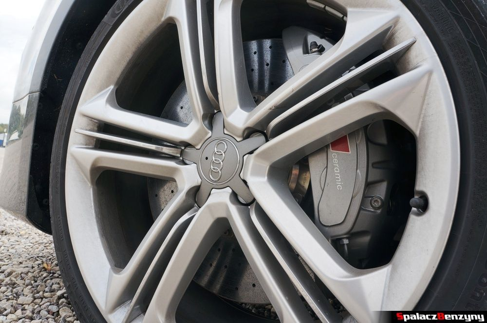 Kamulce ceramiczne Audi S8 4.0 TFSI 2015