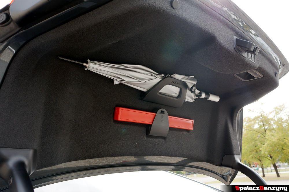 Parasolka w Audi S8 4.0 TFSI 2015