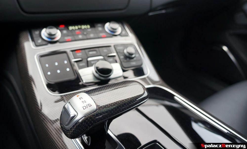 8-biegowa skrzynia biegów Tiptronic ZF w Audi S8 4.0 TFSI 2015