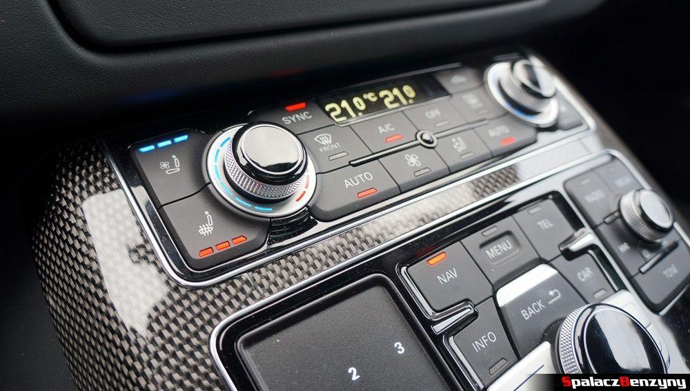 Grzanie i wentylacja fotela Audi S8 4.0 TFSI 2015