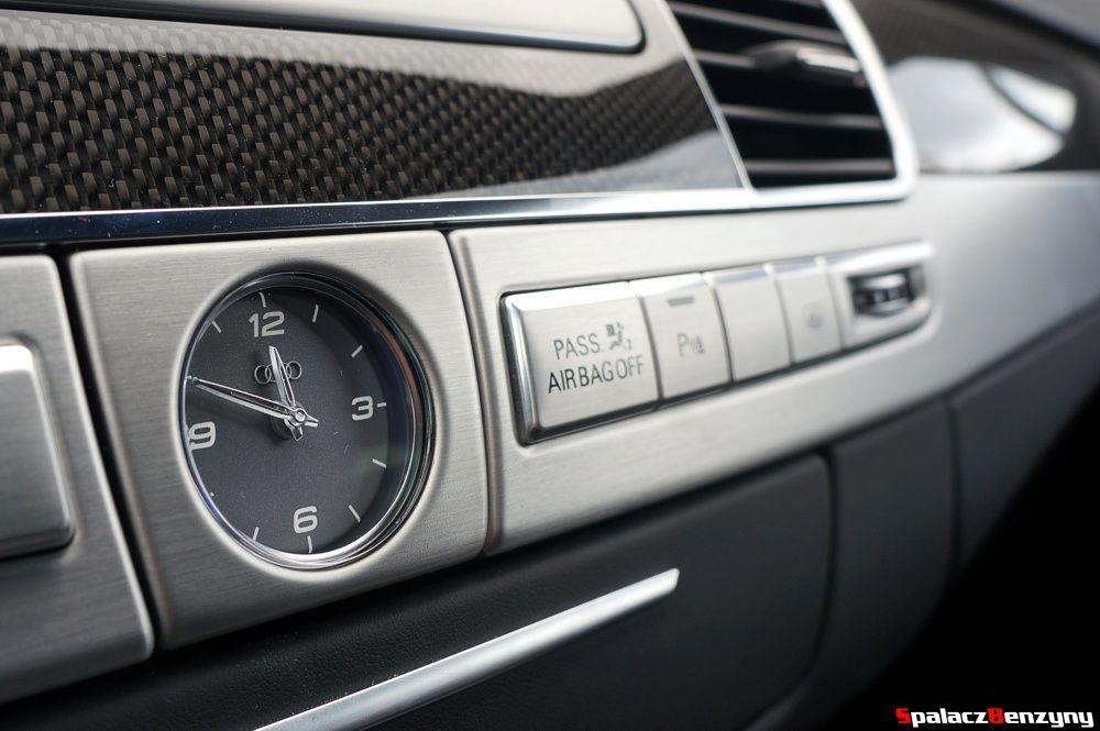 Analogowy zegarek Audi S8 4.0 TFSI 2015