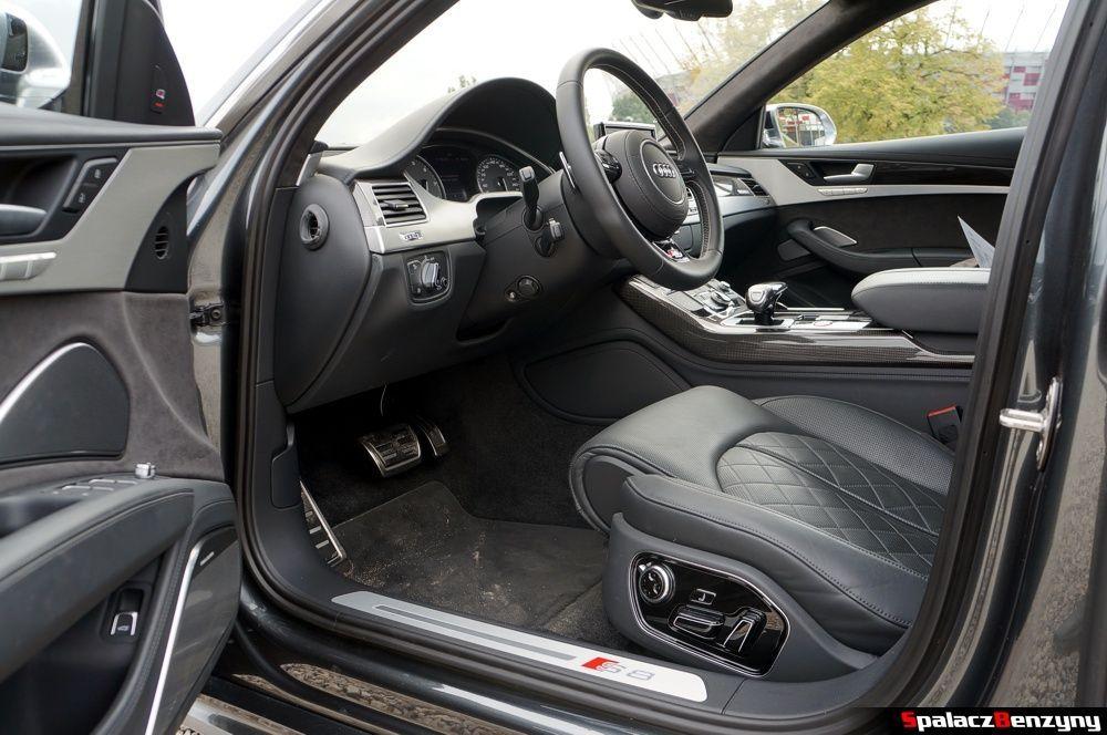 Wnętrze i wykończenie Audi S8 4.0 TFSI 2015
