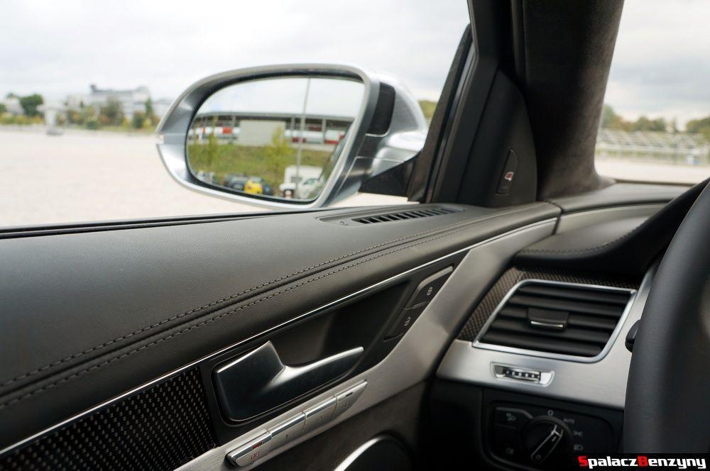 Srebrne aluminiowe lusterka zewnętrzne Audi S8 4.0 TFSI 2015