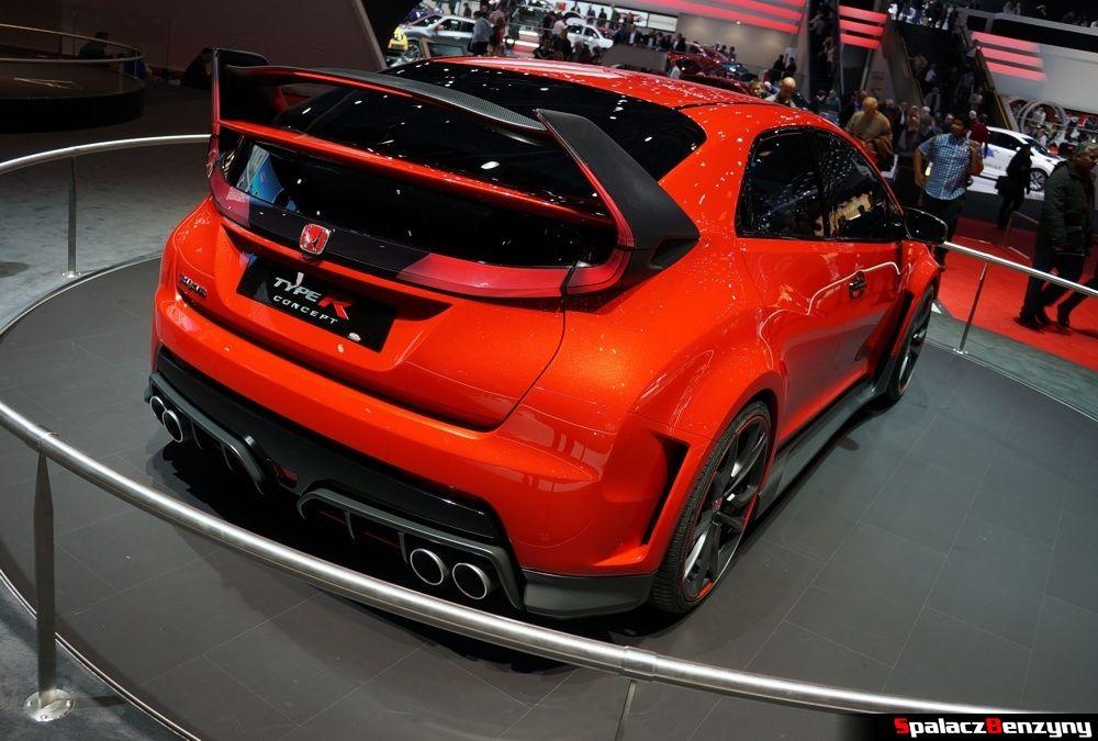 na Genewa Motor Show 2014