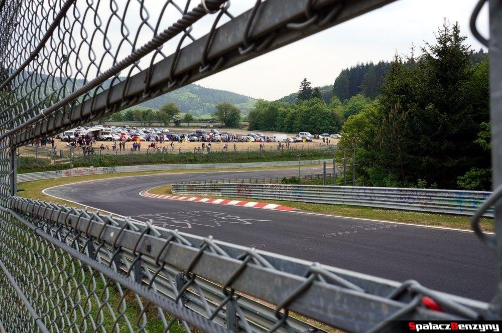 Zakręt widokowy na Nurburgring Nordschleife 2015