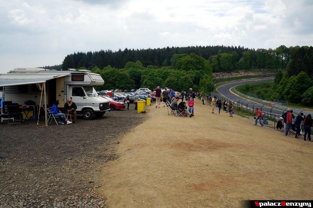 Kamper i punkt widokowy Nurburgring Nordschleife 2015