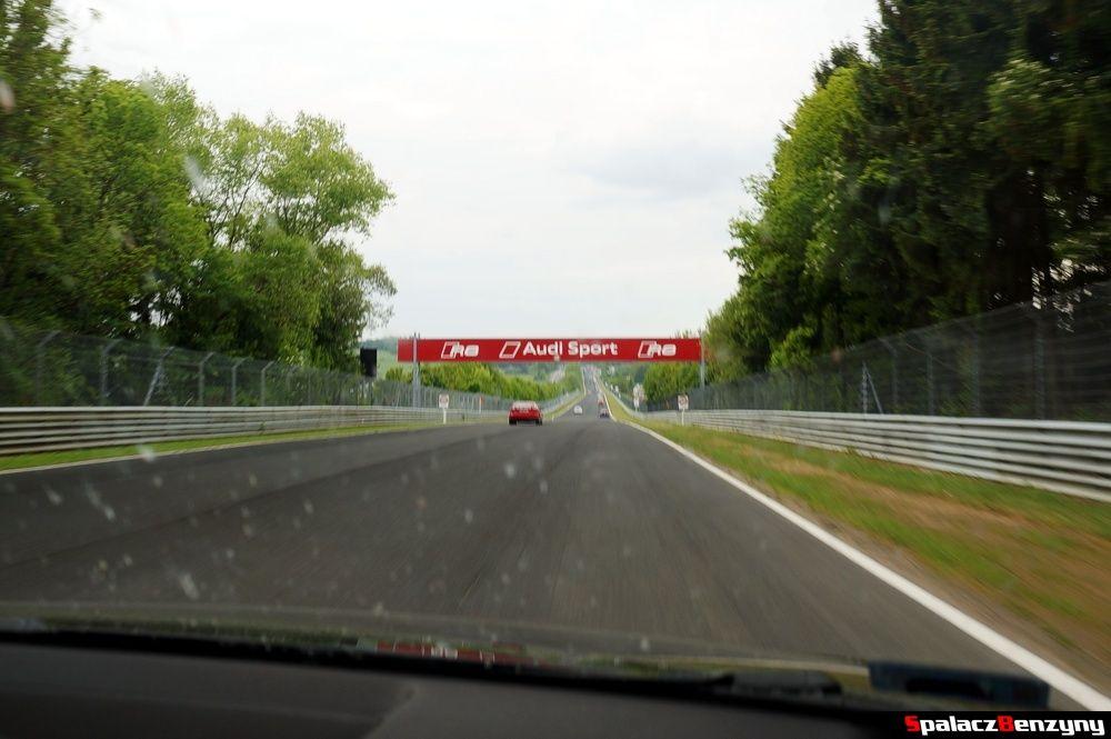 Bramka Audi na Nurburgring Nordschleife 2015