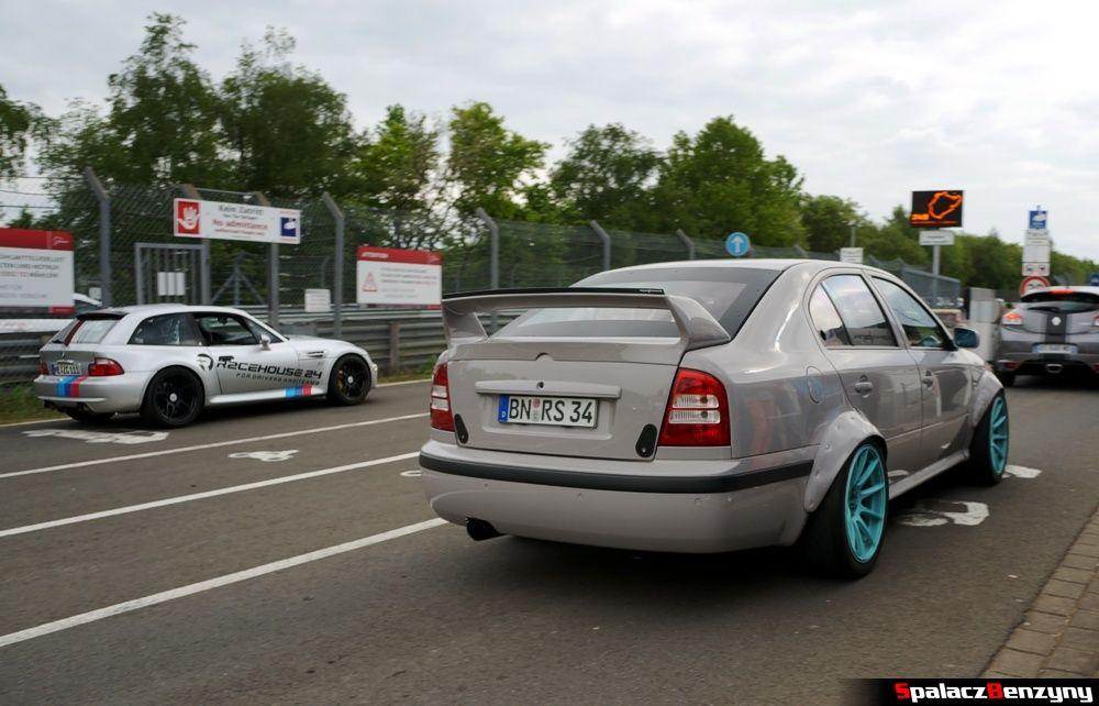 Wyścigowa Skoda Octavia na Nurburgring Nordschleife 2015