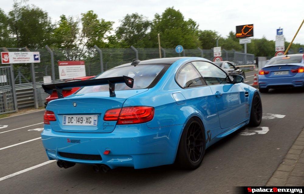 BMW M3 V8 niebieskie na Nurburgring Nordschleife 2015