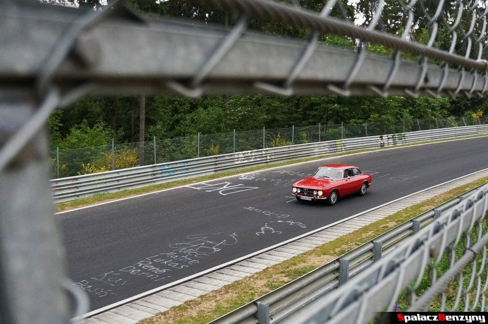 Klasyczne Alfa Romeo na Nurburgring Nordschleife 2015