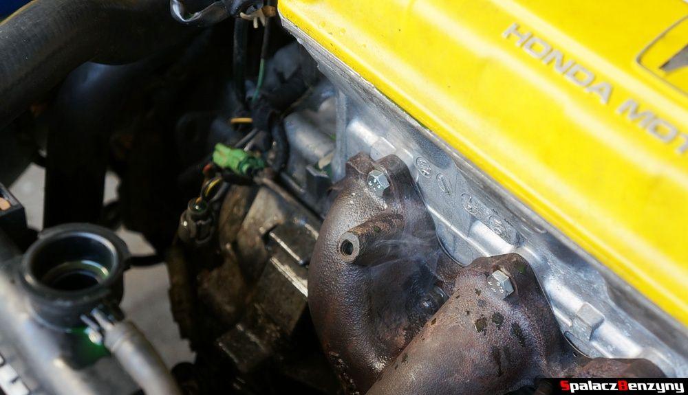 parowanie z silnika Honda Civic